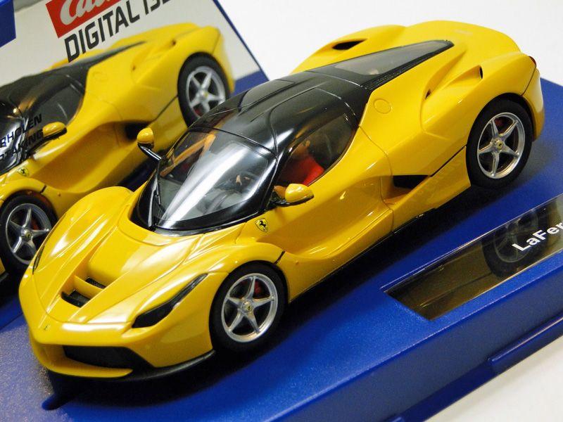 Ferrari Gelb