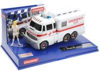 2020: Carrera D132 Carrera Ambulanz mit Krankenschwester