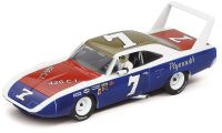 Carrera EVO Plymouth Roadrunner Superbird No. 7